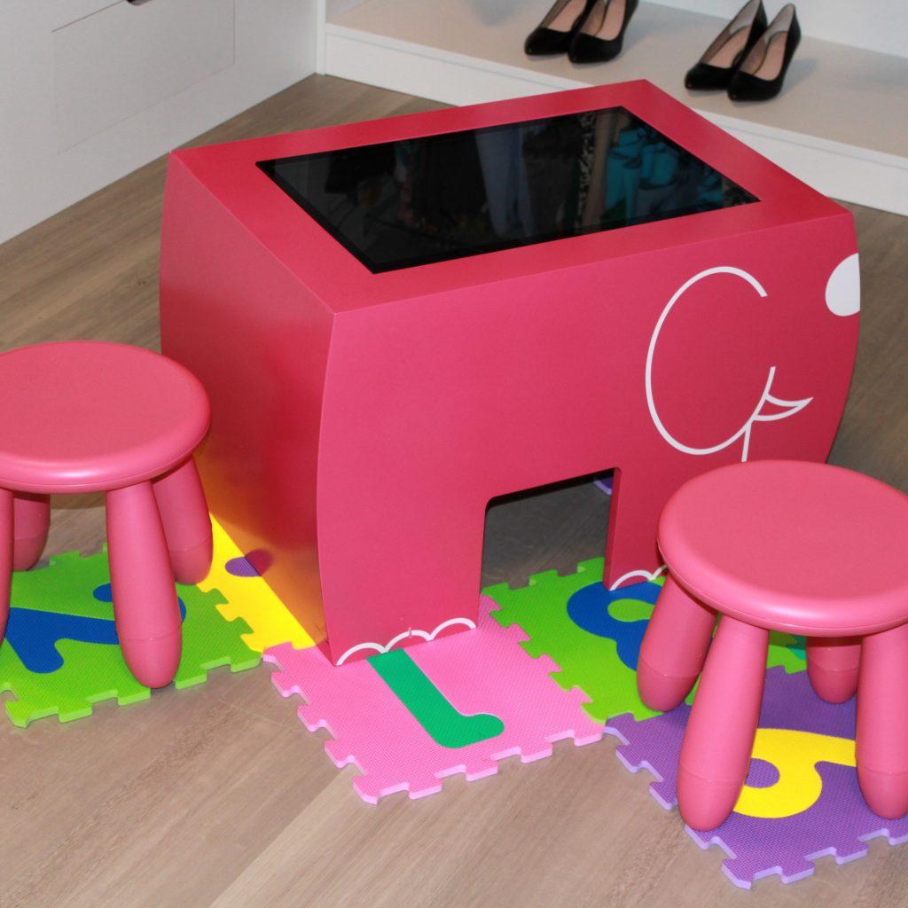 Table tactile enfants table kid's showroom