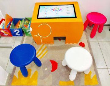 Table tactile enfants table kid's bibliothèque médiathèque